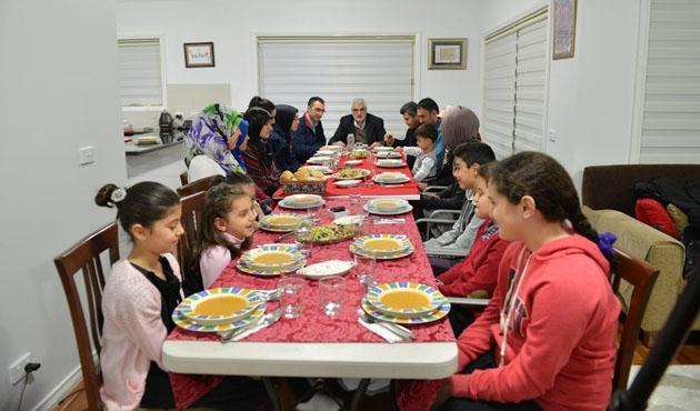 İlk iftar Fiji, Yeni Zelenda ve Avustralya'da açıldı