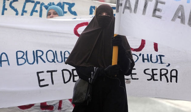 AİHM'nin burka kararına HRW'den tepki