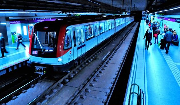 Barselona metrosunda ırkçı saldırı