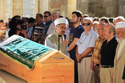 Eski Bakan Unakıtan'ın kardeşi vefat etti