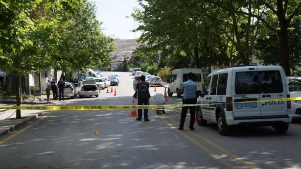 Ankara'da karakol önünde çatışma: 3 ölü