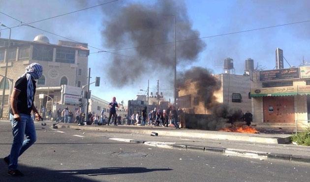 Kudüs'te gerilim: Bir Filistinli öldü, 70 yaralı