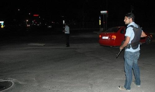 Bomba yüklü otomobil alarmı