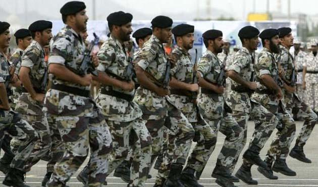 S. Arabistan Irak sınırına 30 bin asker yığdı