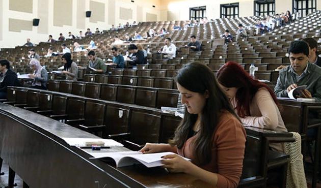 5 bin TL burs vaadeden üniversiteler var