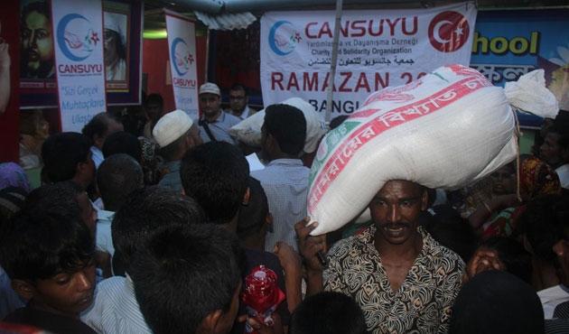 Cansuyu'ndan Arakan kamplarına Ramazan yardımı