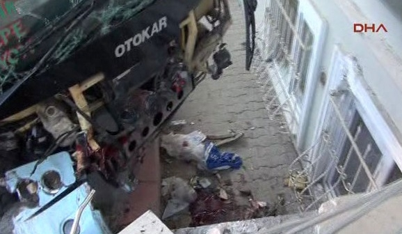 Maltepe'de minibüs dehşeti: 1 ölü