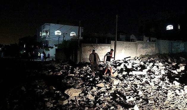 Telafer'deki hava saldırısında 10 kişi öldü