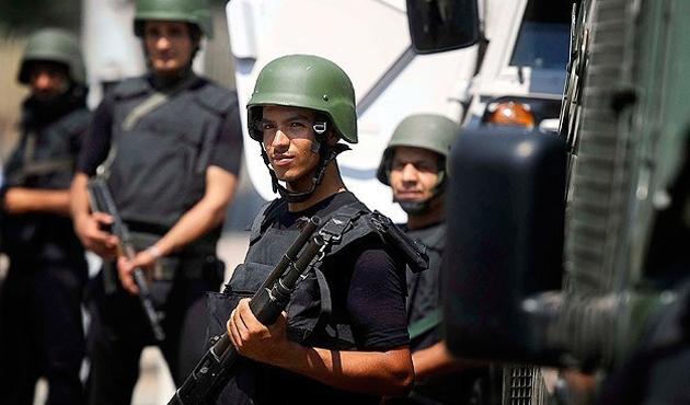Msır'da darbe karşıtı 50 kişiye hapis cezası