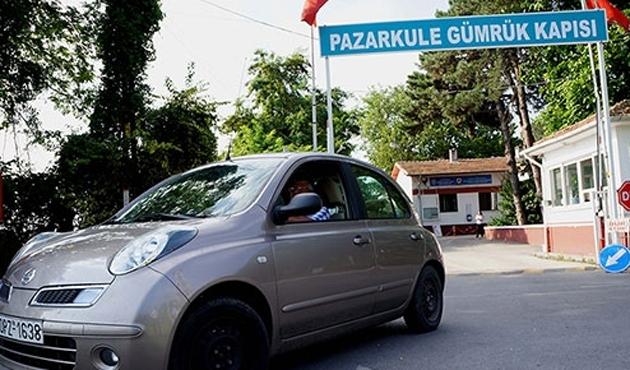 Yunanistan'a girişler durdu; grev var