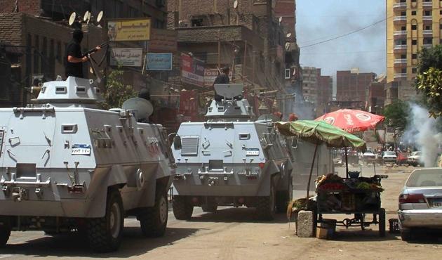 Mısır'da polise saldırı: 9 ölü