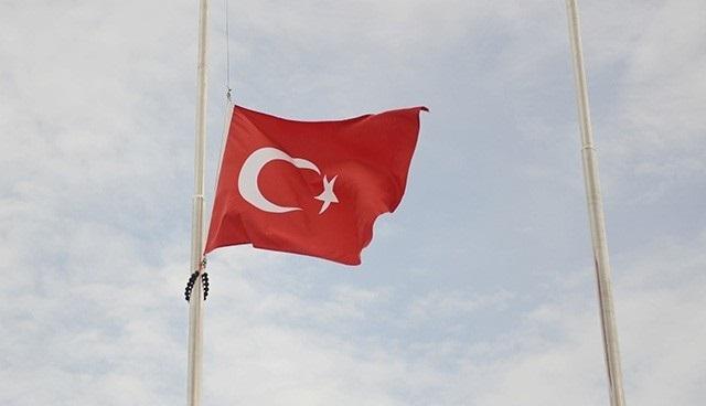 Türkiye'de 3 günlük yas ilan edildi