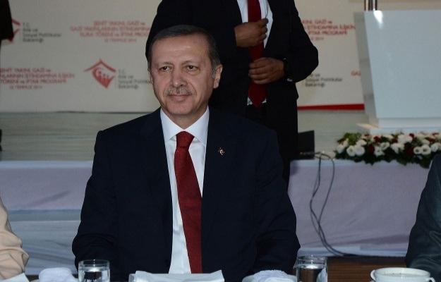 Erdoğan: Gözyaşlarının dinmesi için mücadele veriyoruz