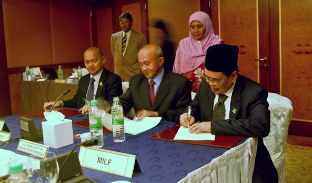 Moro'daki çözümde uluslararası temsilciler etkili oldu