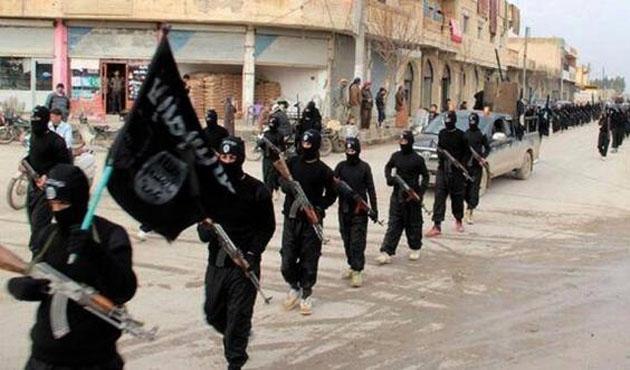 Irak'ta bin 700 askerin ölümüne 24 idam