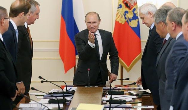 Kremlin'den Batı basınına beddualı yalanlama!