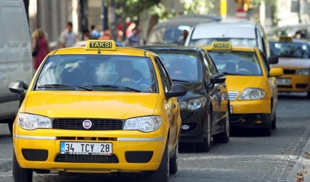 İstanbul'da 3 bin yaşlı taksi trafikten çekiliyor