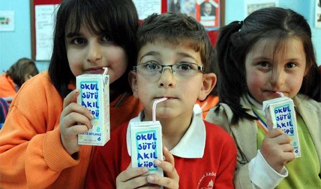 Okul sütü ihalesinde en düşük teklifler alındı