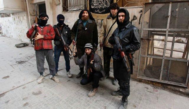 Nusra Cephesi Türkiye sınırına dayandı