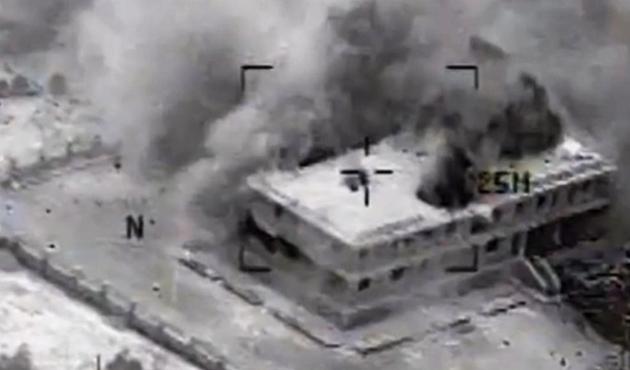 ABD'den IŞİD'e Kobani'de yeni hava saldırıları