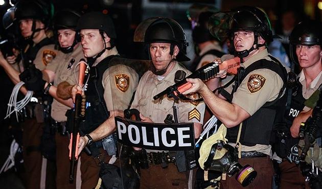 ABD'de mahkeme Ferguson polisini suçlu buldu