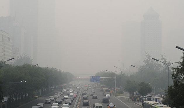 Hindistan'da eğitime hava kirliliği tatili
