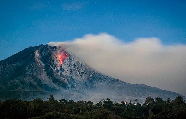 Endonezya'da 'Sinabung' alarmı