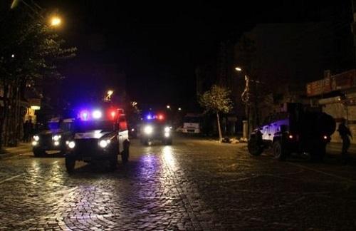 Diyarbakır'da 10 gözaltı