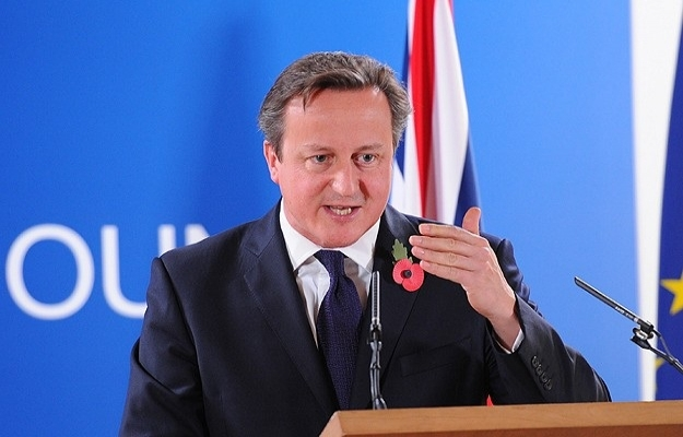 Cameron kendi partisini zora soktu