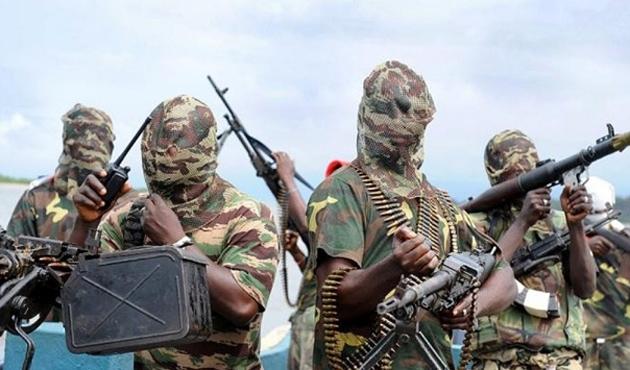 Nijerya'da savaşmayı reddeden 4 askere idam