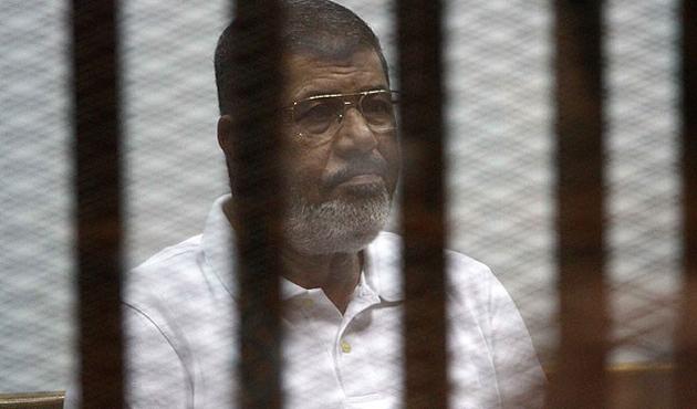 Muhammed Mursi mahkemede konuşturulmadı