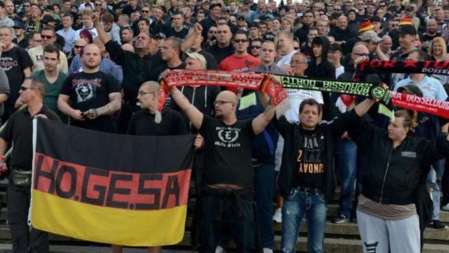 Berlin'deki İslam karşıtı ırkçı gösteri de iptal edildi