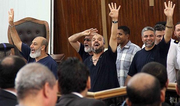 Mısır'da İhvan'a yeniden siyaset yolu açıldı