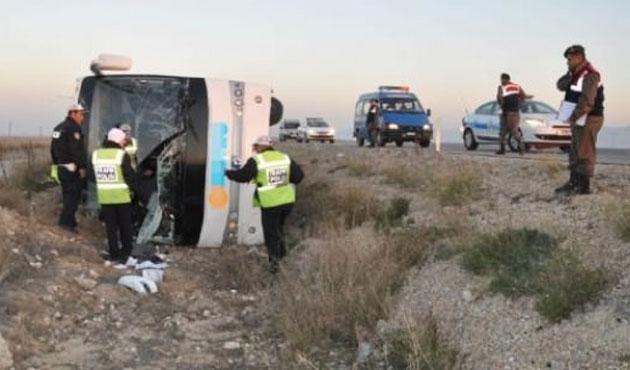 Bugün de bir otobüs devrildi: Onlarca yaralı var