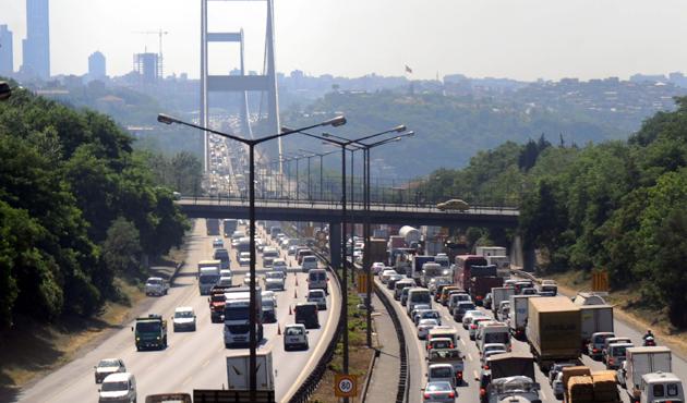 FSM Köprüsü'nde çalışma: Dört gişe trafiğe kapatılacak