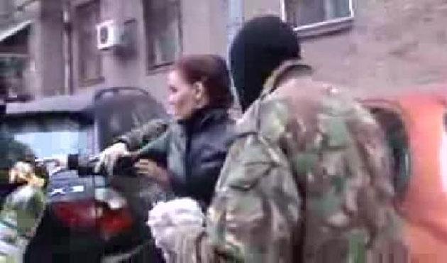 Ukrayna'da Rus kadın politikacıya saldırı