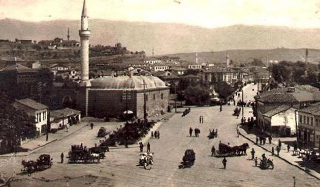 Üsküp'te tarihi Osmanlı camisinin yerine orduevi