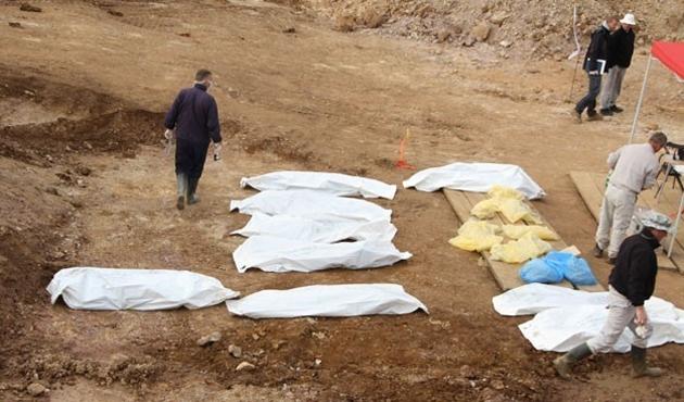Palmira'da toplu mezar bulundu