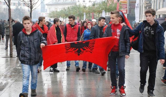Arnavutluk 102 yaşında |FOTO