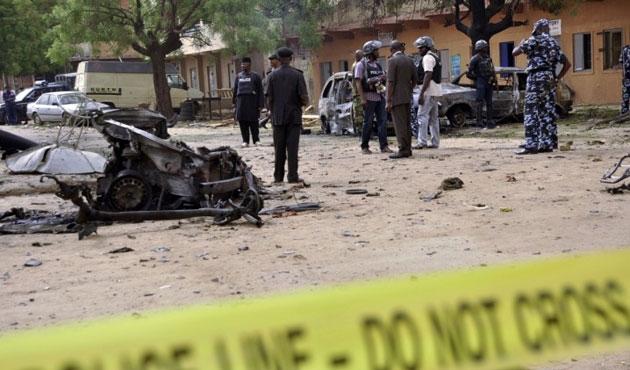 Nijerya'da cuma vakti camiye bombalı saldırı!