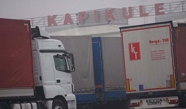 Kapıkule sınır kapısı araç geçişine açıldı