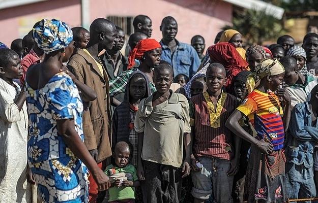 Binlerce Nijeryalı Kamerun'a sığındı
