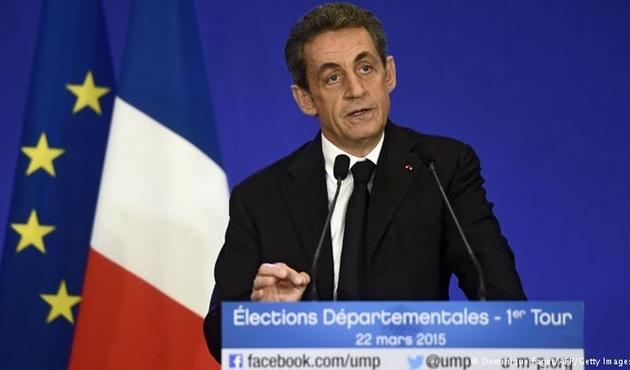 Sarkozy: Türkiye Avrupa'ya ait değil