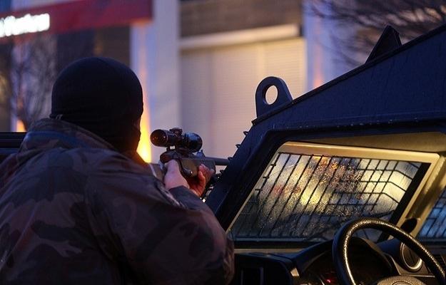 Sırbistan, Cizre'de yakalanan sniperi istedi