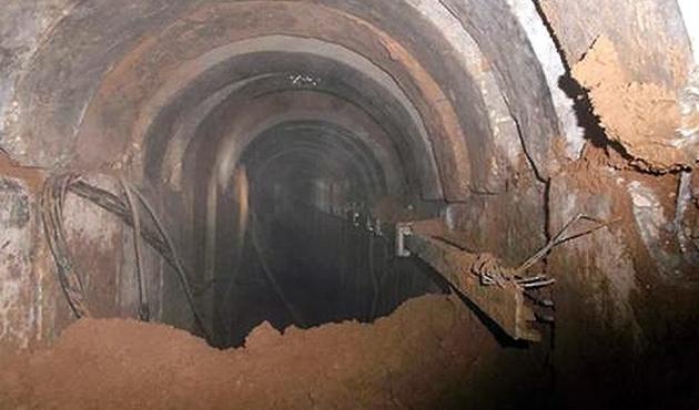 Mısır, Gazze sınırında 12 yeni tüneli yıktı