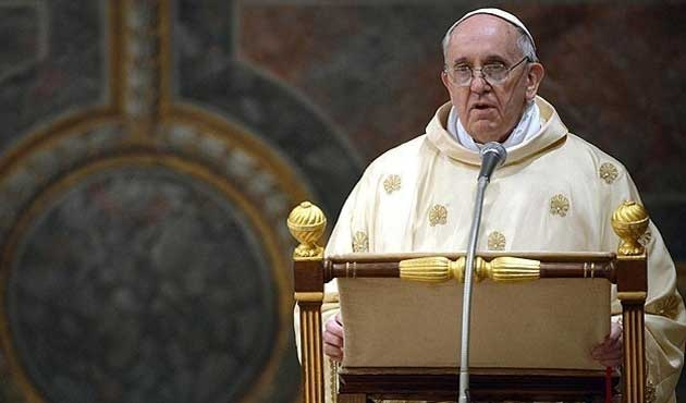 Papa'dan Vatikan'daki 'köstebek' skandalına tepki