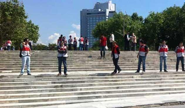Gezi Parkı ve Taksim Meydanı kapatıldı
