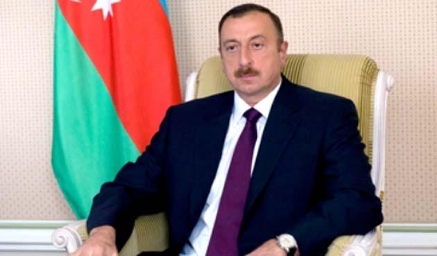 Azerbaycan, Almanya'yı kınadı