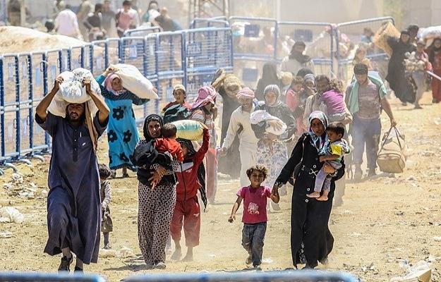 4 milyon Suriyeli mülteci konumuna düştü