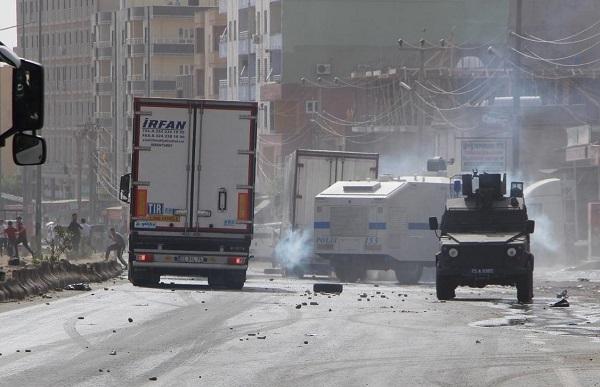 Şırnak'ta şoförlerin eyleminde olaylar çıktı